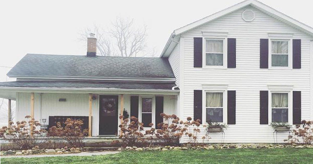 Family restores 1800s farmhouse